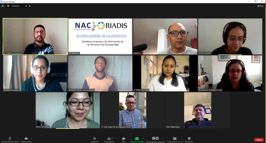 Captura de pantalla, de reunión de suscripción de acuerdo, con imágenes de los miembros de la RIADIS y el NAC